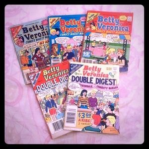 ❤️Betty & Veronica Vintage Comic Bundle!❤️